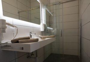 Doppel-/Zweibettzimmer im Gästehaus Bernstein - Bad
